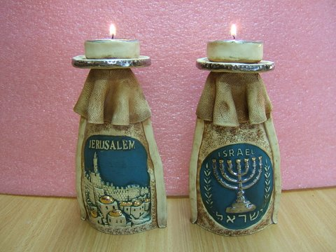 two-sided candlestick
