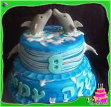 עוגת שתי קומות דולפינים