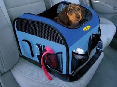 מושב לכלב לנסיעה
