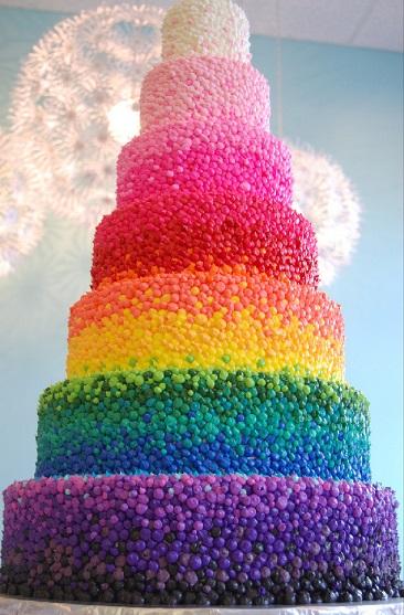 עוגת 7 קומות בצבעי הקשת