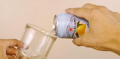 איך לקרר פחית שתיה חמה
