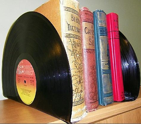 מיחזור תקליטים- תומכי ספרים