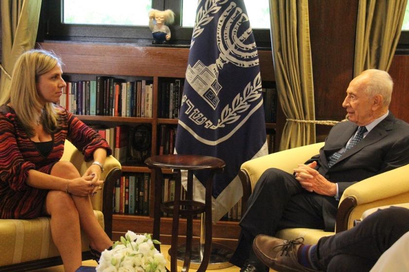פגישת הנשיא עם ניקולא מנדלסון מפייסבוק