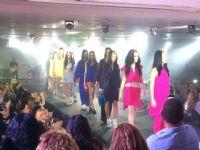תצוגת אופנה חברת מייבליין