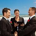 שאתחתן בטקס אלטרנטיבי? כן, והנה 5 סיבות, Ynet 12.6.12 מאת אילה שני