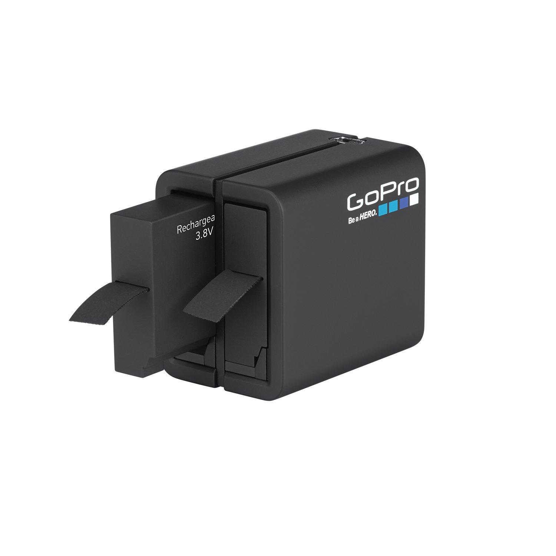 השכרת מטען כפול כולל 2 סוללות GoPro 4